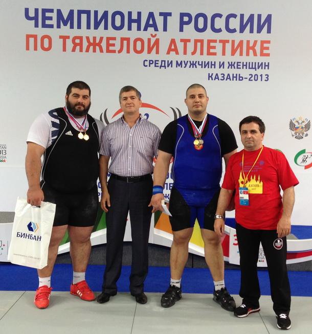 Чингиз Могушков, Аюб Арсанукаев, Магомед Абуев, Умар Эдельханов (один из тренеров Могушкова)