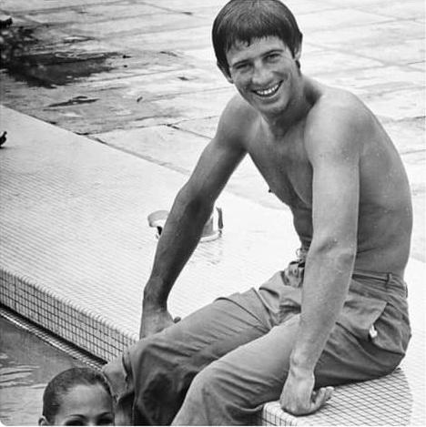 Великолепный актер и спортсмен Жан-Поль Бельмондо
